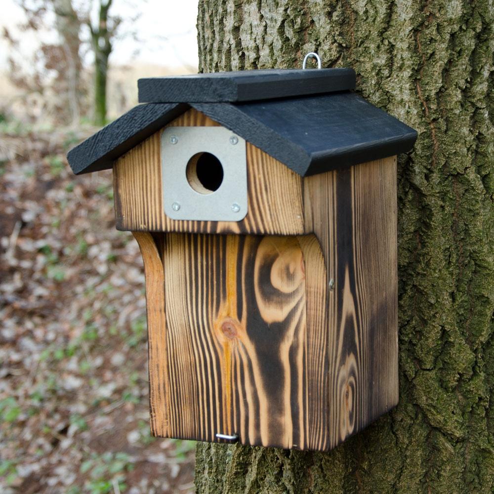 nestkasten bestellen van nestkasten voor koolmees pimpelmees huismus en vele andere soorten. Black Bedroom Furniture Sets. Home Design Ideas